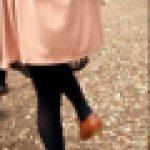 【値下げ】【お花見トイレ行列】知的な美脚女子大生の強まる尿意を仕草で測る(ロングムービー)